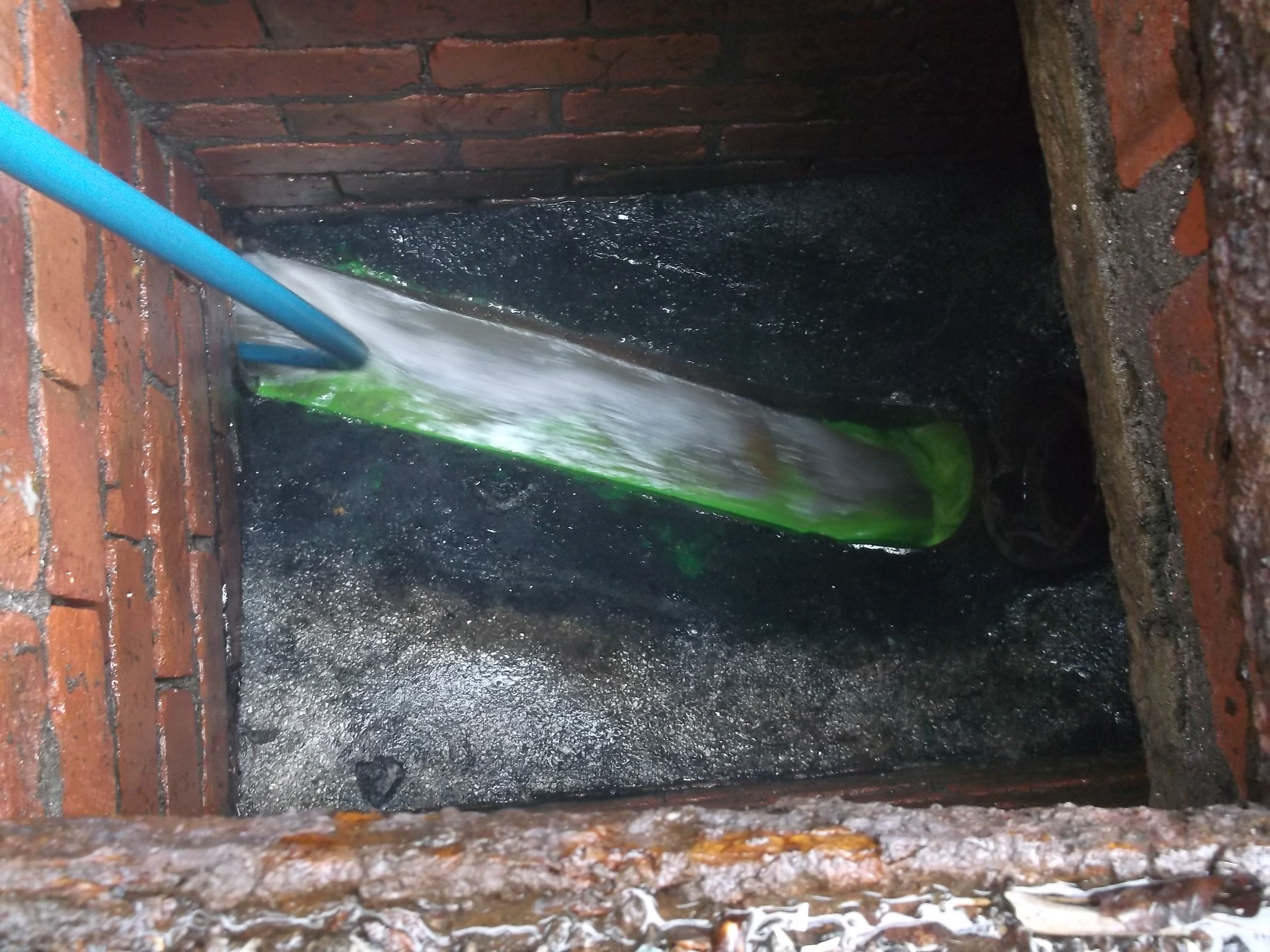 Drainage Services fixed fee-Sewer Serve Solutions Manchester